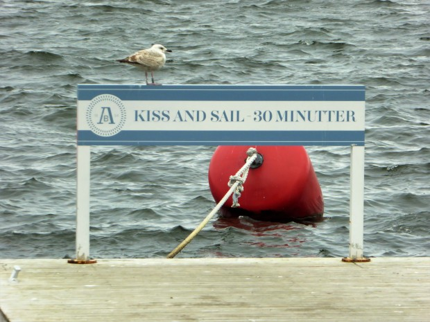 Kiss and Sail